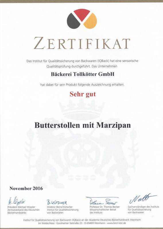 Butterstollen mit Marzipan sehr gut 23.11.2016